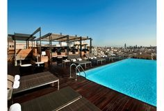 Luxuary rooftop pool in Barcelona