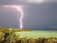 Lightning strikes Canyon Lake, TX
