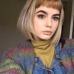 24.-Womens-Short-Haircut
