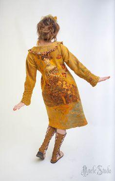 пальто из войлока, валяное пальто, желтый, горчичный, горчица, Густав Климт, замша, Сентябрь, золотая осень, золото, одежда из войлока, верхняя одежда