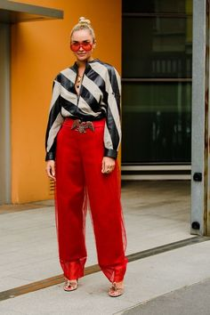The Best Street Style to be Found at Milan Fashion Week Milan Spring 2020 Fashion Week's Best Street Style Best Street Style, Spring Street Style, Cool Street Fashion, Street Chic, Love Fashion, Fashion Outfits, Fashion Trends, Paris Street, Woman Fashion