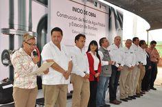 La señora Oralia Villarreal Rodríguez, de la colonia Unidad y Esfuerzo, dijo que el inicio de la obra de red de agua potable y estación de bombeo representa un día de fiesta.