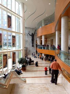 Gonda building, Mayo Clinic, Rochester, Mn    This is an absolutely AMAZING place!!