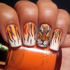 Tiger Nails ♥ Source: Lucero Rodriguez on Tiger Nail Art, Tiger Nails, Animal Nail Art, Tiger Art, Beautiful Nail Art, Gorgeous Nails, Love Nails, Pretty Nails, Fun Nails