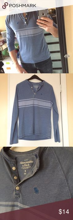 Abercrombie & Fitch Henley Super soft Abercrombie & Fitch Henley in size Small Muscle fit. Light and soft like your favorite T-shirt. Well worn but no holes or tears. Perfect beach or pool shirt! Abercrombie & Fitch Shirts Tees - Long Sleeve