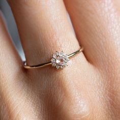Small Wedding Rings, Small Engagement Rings, Diamond Engagement Rings, Minimalist Wedding Rings, Flower Wedding Rings, Minimalistic Engagement Ring, Engagement Rings Without Diamonds, Simple Elegant Engagement Rings, Inexpensive Engagement Rings