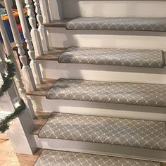 Stairs with carpet herringbone treads and painted white risers, looks like a runner. Benjamin Moore Edgecomb Gray on stairwell wall. Kylie M Interiors E-Design Wall Carpet, Diy Carpet, Bedroom Carpet, Carpet Ideas, Outdoor Carpet, Cheap Carpet, Foyers, Carpet Manufacturers, Carpet Stair Treads
