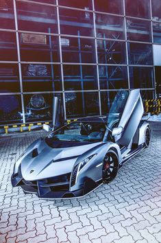 #Lamborghini Veneno   My type of ride!!! lol haha I could so see me climbing out of that haha and hitting my head on the door lol