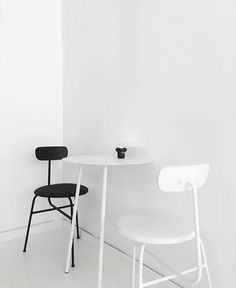 Simplisity at its best! Menu Afteroom chairs and Yeh wall table work great together, all available in our online shop istome.co.uk ✨ Beautiful image by @septemberedit.