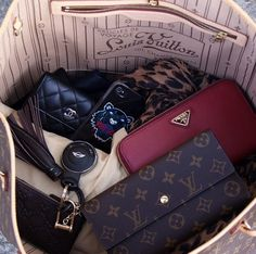 Louis Vuitton Bag...and don't think I missed the Mini Cooper key fob.  These will be mine one day ::  via Classy + Style