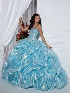 Beautiful dress for Quince or Sweet 16 party
