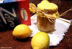 Cosa c'è di meglio una marmellata di limoni dolce? :)