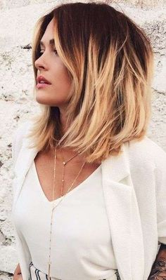 Short dark red to blonde ombre bob hairstyle - Frisuren Blonde Ombre Bob, Red To Blonde, Ombre Hair Color, Short Ombre, Pastel Blonde, Warm Blonde, Ombre Bob Hair, Wavy Hair, Lob Ombre