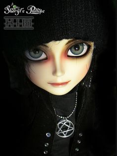 """Yes, we all know Ville is a """"doll"""". Valo Ville, Soul On Fire, Him Band, Metal Bands, Cool Bands, Rock, Musicians, Wallpapers, Google Search"""