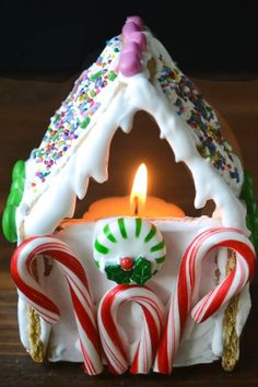 Graham Cracker Gingerbread House Votives byy theviewfromgreatisland: Easy with packaged graham crackers.