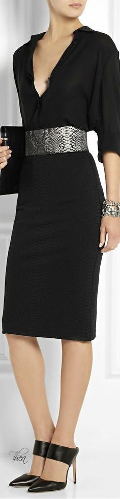 Christopher Kane:                                                 I will have to find this dress, already have the belt. Very elegant....