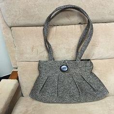 Yellow handbag linen tote bag converts to hobo shoulder bag Fabric Handbags, Fabric Purses, Backpack Purse, Crossbody Bag, Ipad, Tote Bag With Pockets, Cross Shoulder Bags, Bag Pattern Free, Old Shirts