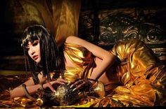Photo: CFENSI     Photo: CFENSI     Photo: CFENSI    Crossdresser from China, Super Boy Tong Tong, being Cleopatra in a photoshoot