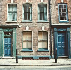 "166 Likes, 3 Comments - Fabio Trombini (@mr.fabio_trombini) on Instagram: ""The Gloomy Splendour of Spitalfields... #london #spitalfields #meandering #georgian #18thcentury…"""