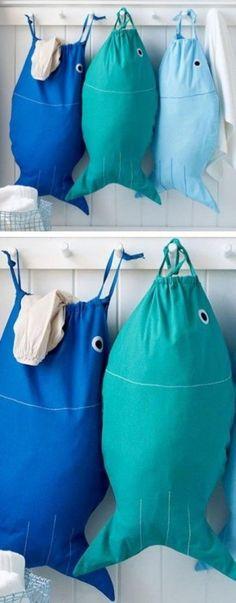 Der richtige Wäschekorb in der Waschküche - clevere Einrichtungsideen panier à linge en tissu coudre vous-même le poisson www. Sewing Hacks, Sewing Tutorials, Sewing Crafts, Sewing Tips, Sewing Basics, Bag Tutorials, Bags Sewing, Sewing Patterns Free, Free Sewing