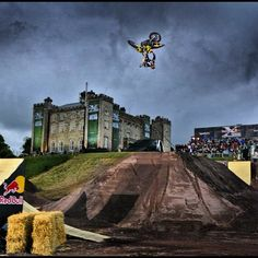 @TravisPastrana in flight. #redbull #fmx #pastrana | what a hero