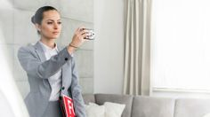 Here are some unwritten rules of etiquette that home buyers should follow in order to get the home they want without rubbing anyone the wrong way.