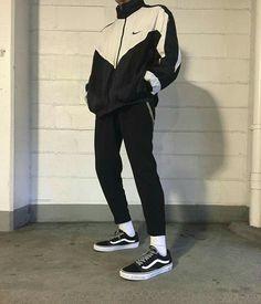 8 Prepared Tips: Urban Wear For Men Shirts urban fashion style lights.Urban Wear Women Spring urban fashion plus size long sleeve.Urban Fashion For Women Spaces. Urban Fashion Girls, Fashion Mode, New Fashion, Trendy Fashion, Girl Fashion, Fashion Hair, Fashion Outfits, Fashion Pants, Fashion Ideas