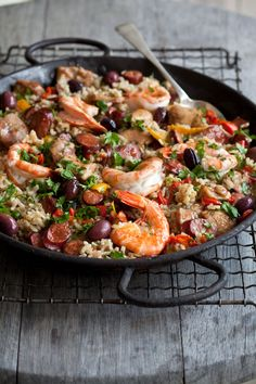 Prawn and Chicken Baked Paella recipe with NOMU Chicken and Vegetable Fonds Baked Paella Recipe, Baked Chicken, Chicken Recipes, South African Recipes, Ethnic Recipes, Chicken Paella, Spanish Rice, Roasted Peppers, Seafood Dishes