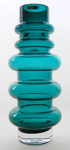 Riihimaki teal coloured cased glass vase, design by Tamara Aladin Vase Centerpieces, Vases Decor, Clear Glass Vases, Glass Bottles, Eiffel Tower Vases, Glas Art, Art Of Glass, Murano, Objet D'art