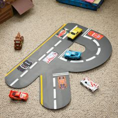 Help your kids to create their own personalised Cars road race wall art using the initial of their name. It can either be hung on the wall or used during playtime with Lightning McQueen and all his friends.