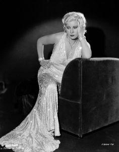 Mae West classy, sexy
