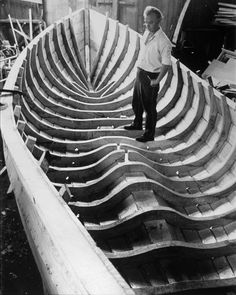 Woodworking; the elaborate structure of a motorized coble