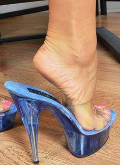 Home, women feet showing soles sandals. Strappy High Heels, Sexy Sandals, Hot High Heels, Platform High Heels, Bare Foot Sandals, Stiletto Heels, Beautiful High Heels, Gorgeous Feet, Stripper Heels