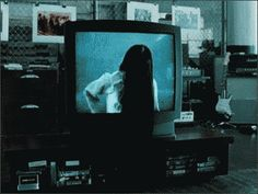the_ring_tv.gif 408×307 pixels   #movies #horror