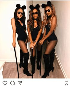 23 Spooky Group Halloween Costume Ideas - Simply Allison Are you looking for group Halloween Costumes. 23 of the best of the best group halloween costume ideas that your besties will love are in here. Halloween Costume Group, Halloween Costume Teenage Girl, Best Friend Halloween Costumes, Trendy Halloween, Halloween Ideas, Halloween 2020, Black Halloween Costumes, Diy Costumes, Easy College Halloween Costumes