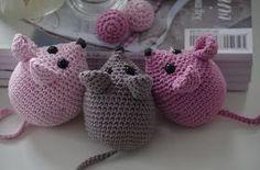 NpRxN on March 18 can find Chrochet and more on our NpRxN on March 18 2020 Crochet Cat Toys, Crochet Baby, Harry Potter Festival, Knitting Patterns, Crochet Patterns, Cat Litter Mat, Handmade Stuffed Animals, Honeycomb Pattern, Little Critter