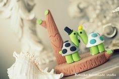 LOVE ANGELS Wedding Cake Topper-love turtles
