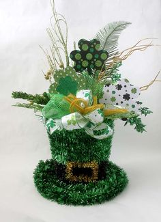 St Patricks Day arrangement, floral arrangement,green centerpiece, irish arrangement, leprechaun hat, shamrocks, large floral arrangements by Leopard on Etsy