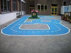 Afbeeldingsresultaat voor speelplaats kleuters Outside Playground, Preschool Playground, Playground Painting, Playground Flooring, Outdoor School, Outdoor Fun, Childrens Outdoor Toys, Outdoor Learning, Exterior