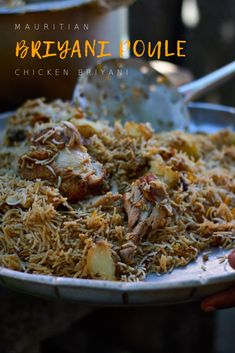Mauritian Chicken Briyani – Briyani Poulet – p e a c h y t a l e s Boiled Beef, Mauritian Food, Food Fantasy, Fried Onions, Fresh Mint, Dishes, Meat, Chicken, Cooking