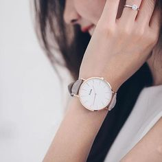 Our bestselling item in the shop possibly because they are effortlessly sophisticated and minimalistic. www.noncha.com/cluse #noncha #cluseusa #cluse #zoereport recommended! #losangeles #rosegold #bigwatch #indieshop #independentboutique ( Regram from Cluse)