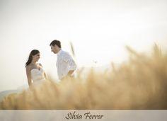 boda en un trigal, boda en el campo, boda campestre, boda silvestre, wedding, bodas Murcia, postboda original, bodas sin posados, fotógrafos de bodas, Silvia Ferrer.