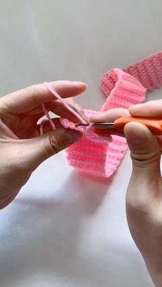 Crochet Basket Pattern, Crochet Diagram, Crochet Motif, Crochet Designs, Knit Crochet, Crochet Patterns, Knitting Patterns, Easy Knitting, Start Knitting