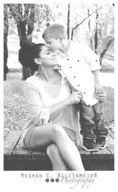 Mother and son photography Mother Son Photography, Children Photography, Family Photography, Photography Ideas, Mother Son Pictures, Mother Daughter Poses, Picture Poses, Photo Poses, Picture Ideas