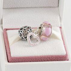 Pandora MOA - Heartfelt Gift Set, $125.00 (http://www.pandoramoa.com/heartfelt-gift-set/)