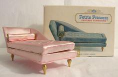 Vintage Petite Princess Dollhouse Boudoir Chaise Longue 4408 Vintage