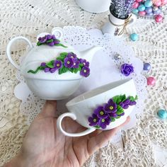 Cold Porcelain Flowers, Porcelain Clay, Ceramic Flowers, Polymer Clay Creations, Polymer Clay Crafts, Cold Porcelain Tutorial, Cute Mug, Henna Candles, Clay Cup