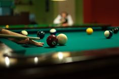 A&C Billiards & Barstools store in Orange County, CA offers the best selection & wide range of pool table, gaming tables, barstools & bookcase at best rate. Billard Snooker, Florida Rentals, Bradenton Florida, Florida Vacation, Vacation Rentals, Play Pool, Diabetes Treatment Guidelines, Pool Cues, Fotografia