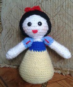 Blanca Nieves #amigurumi #amigurumis #muñecostejidos #crochet #lana #tejido #tejiendo #tejidoamano #tejidocrochet #tejidos #blancanieves #cuentos #princesa #muñecostejidosjoni #hechoamano #Ecuador #Quito