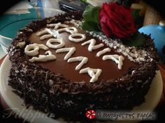 Μια ελαφριά και νόστιμη τούρτα για τις ημέρες της νηστείας με γεύσεις και αρώματα από σοκολάτα και καρύδα. Vegan Recipes, Cooking, Cake, Desserts, Lent, Foods, Kitchen, Tailgate Desserts, Food Food